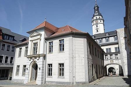 Blick auf das Rathaus der Stadt. Der Geraer Stadtrat hat den AfD-Politiker Reinhard Etzrodt zum Vorsitzenden gewählt. Foto: Jörg Carstensen/dpa