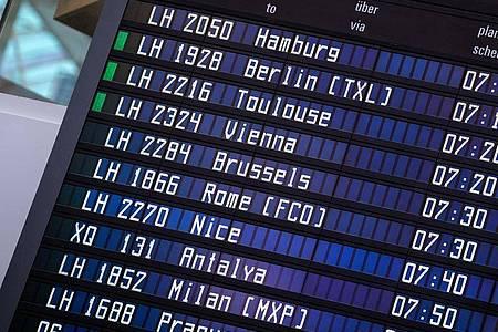 Die pauschale Reisewarnung für fast alle gut 160 Länder außerhalb der EU und des grenzkontrollfreien Schengen-Raums wird am 30. September enden. Foto: Matthias Balk/dpa