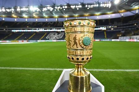 Das DFB-Pokal-Halbfinale in München darf stattfinden. Foto: Arne Dedert/dpa