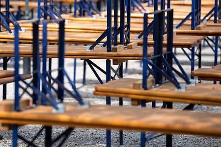 Wochenlang waren Restaurants, Cafés und Biergärten geschlossen. Die SPD will daher die Erleichterungen für Mieter verlängern. Foto: Sven Hoppe/dpa