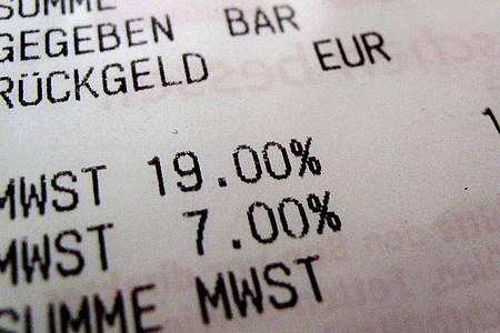Der Mehrwertsteuersatz soll vom 1. Juli bis zum 31. Dezember von 19 auf 16 Prozent sinken. Foto: picture alliance / dpa