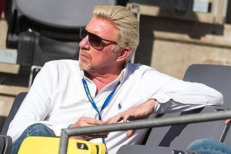 Boris Becker im Stadion am Rothenbaum in Hamburg. Foto: Daniel Bockwoldt/dpa