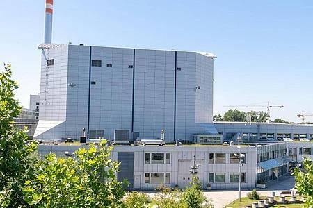 Der Forschungsreaktor FRM II in Garching bei München. Foto: Peter Kneffel/dpa