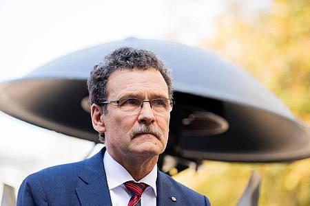 Christoph Unger, Präsident des Bundesamts für Katastrophenhilfe (BBK), soll nach dem fehlgeschlagenen bundesweiten Warntag am 10.09.2020 abgelöst werden. Foto: Rolf Vennenbernd/dpa