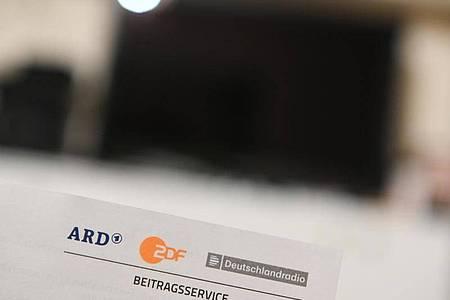 Der Rundfunkbeitrag ist die Haupteinnahmequelle für ARD, ZDF und Deutschlandradio. Foto: Nicolas Armer/dpa