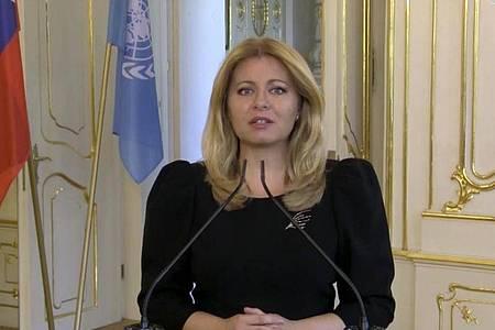 Die slowakische Präsidentin Zuzana Caputova hielt nach 50 Männern als erste Frau eine Rede bei der UN-Vollversammlung. Foto: Uncredited/UNTV/AP/dpa
