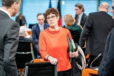 VerteidiungsministerinAnnegret Kramp-Karrenbauer (CDU ) will mehr Reservisten einsetzen. Foto: Michael Kappeler/dpa-pool/dpa
