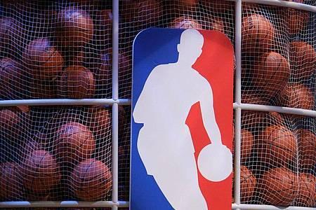 Die NBA reagiert auf die Coronavirus-Pandemie mit einer Unterbrechung der Saison. Foto: epa Justin Lane/epa/dpa