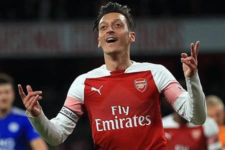 Mesut Özil ist Vater geworden. Foto: Mike Egerton/PA Wire/dpa