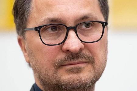 Yilmaz Dziewior wird die künstlerische Gestaltung des deutschen Pavillons für die Kunstbiennale betreuen. Foto: Marius Becker/dpa