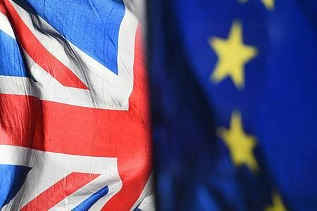 Die Chefunterhändler der EU und Großbritanniens zeigten sich nach Abschluss der siebten Verhandlungsrunde am Freitag in Brüssel tief enttäuscht und machten sich gegenseitig schwere Vorwürfe. Foto: Kirsty O`Connor/Press Association/dpa