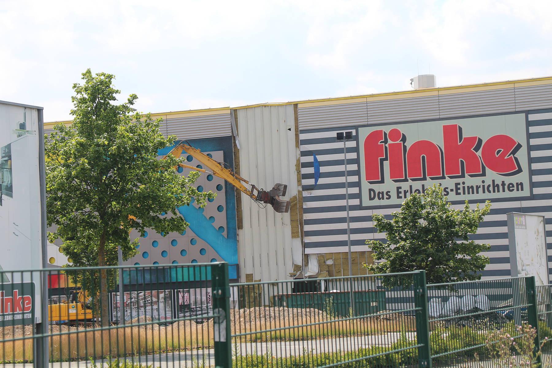 Abriss des Finke-Möbelhauses