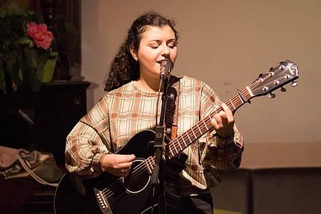 Zara Akopyan - Musik von hier