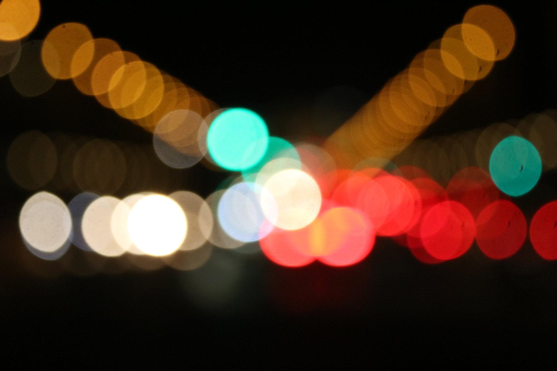 nacht_lichter_unscharf